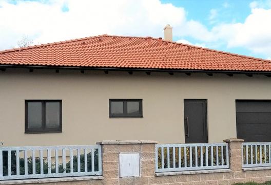 Dřevostavba ENTONI - bungalov na klíč včetně garáže a posezení, montovaný dům Brno (kraj Jihomoravský)