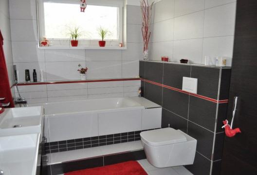 foto dřevostavby na klíč koupelna, interiér montovaný dům