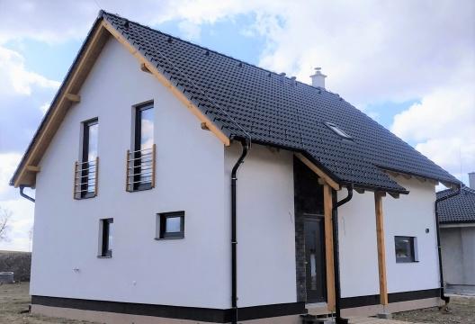 Montovaný dům z Vysočiny od ENTONI, rodinná nízkoenergetická dřevostavba na klíč Jihlava